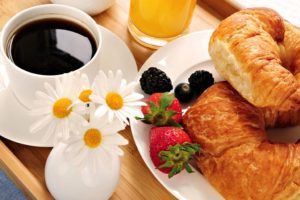 أفضل المطاعم لتناول وجبات الفطور في دبي