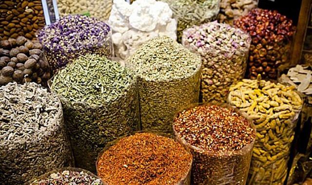 سوق البهارات في دبي
