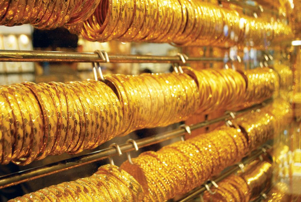 سوق الذهب في دبي من اشهر اماكن التسوق في دبي الامارات