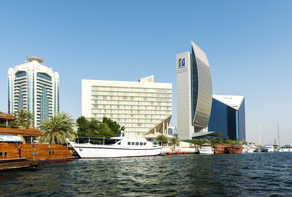 فندق وأبراج شيراتون دبي كريك