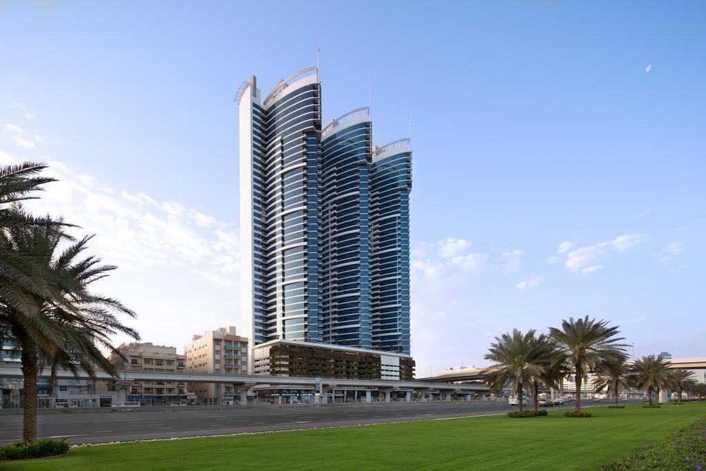 فندق نوفوتيل دبي البرشاء