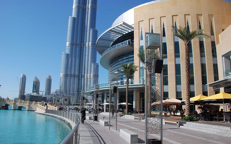 دبي مول من افضل اماكن التسوق في دبي