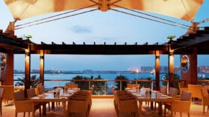 مطاعم في دبي على البحر