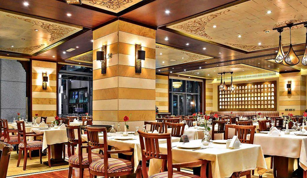 مطعم المندلون