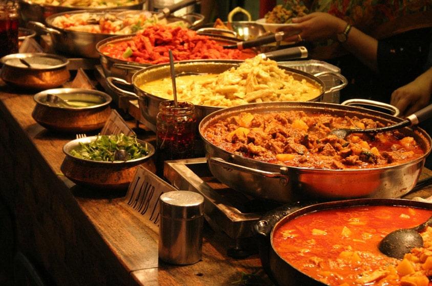 مطعم قصر الهند من اشهر مطاعم هندية في دبي