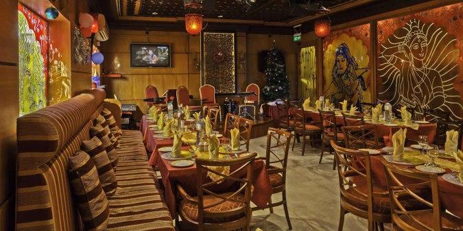 مطعم كباب أند كاري من مطاعم هندية في دبي المتميزة