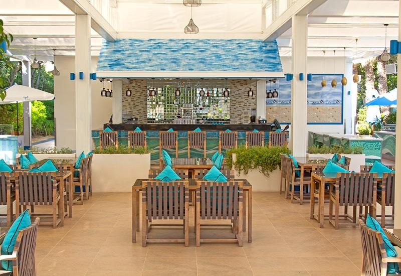 مطعم بلاج في فندق جميرا زعبيل سراي