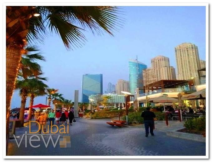 شارع البوليفارد من اهم شوراع دبي