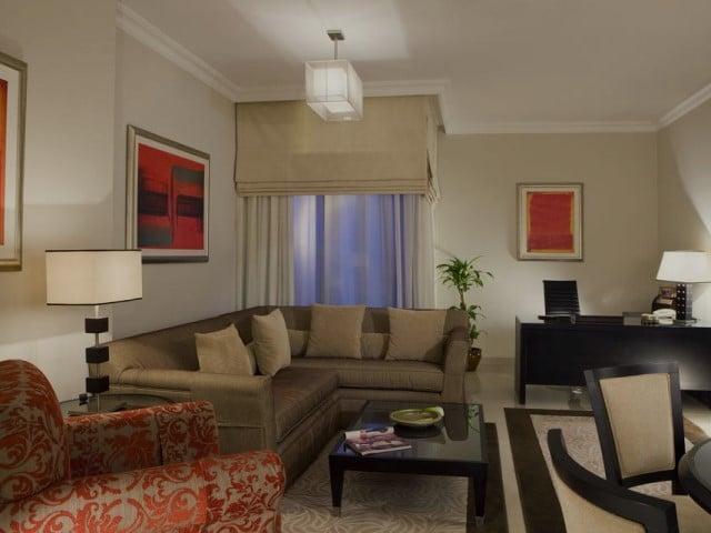 فندق جلوريا دبي من فنادق دبي شارع زايد المُميزة