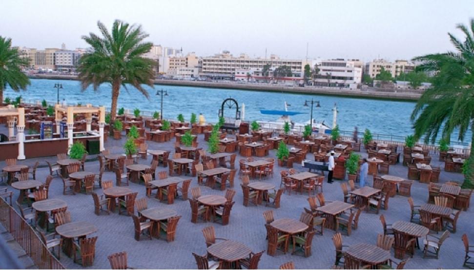 مطعم كان زمان من افضل اماكن السهر في دبي